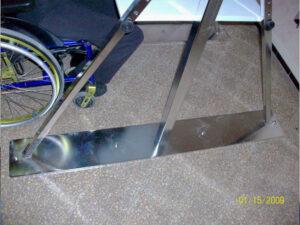 Modèle du portique scellé au sol sans les barres de stabilisation.